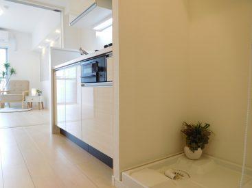 室内洗濯機置き場、システムキッチン