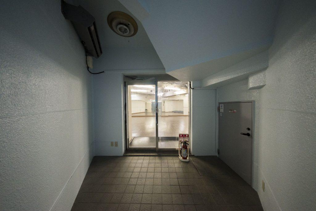 店舗入口・自動扉です(玄関)