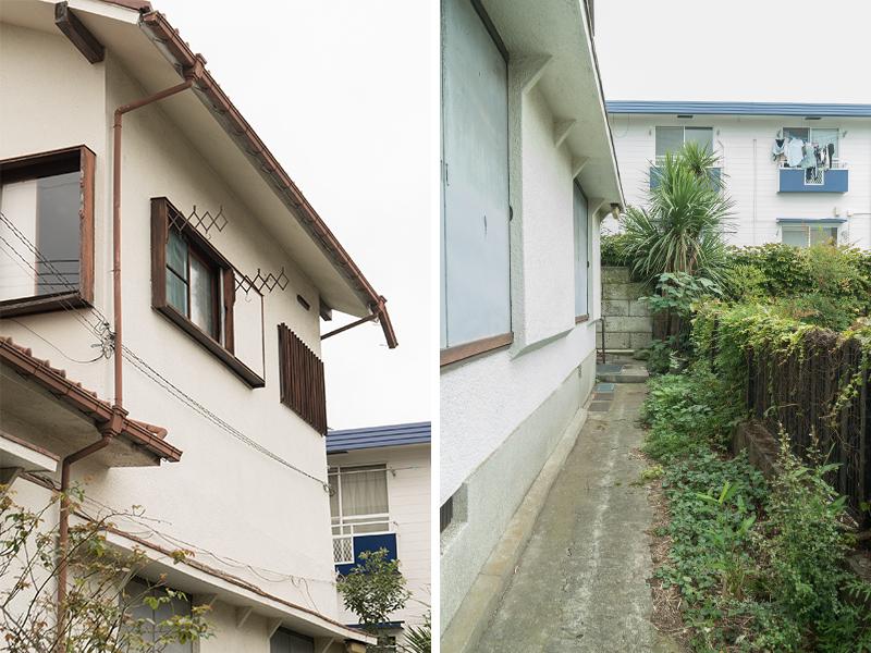 建物の外観と入り口階段までのアプローチ。
