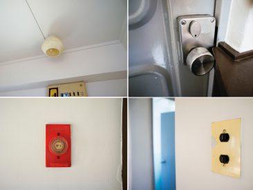 部屋の各所に散らばる要素。玄関の取っ手がギリギリ。(内装)