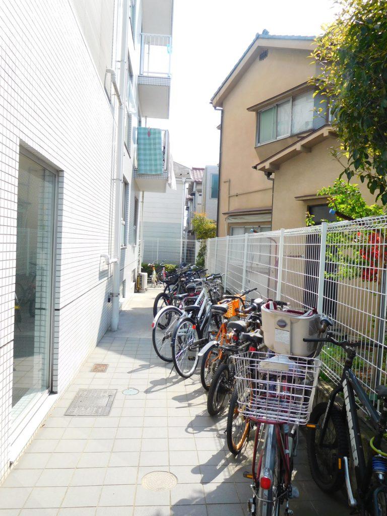 ゆったりサイズの自転車置き場