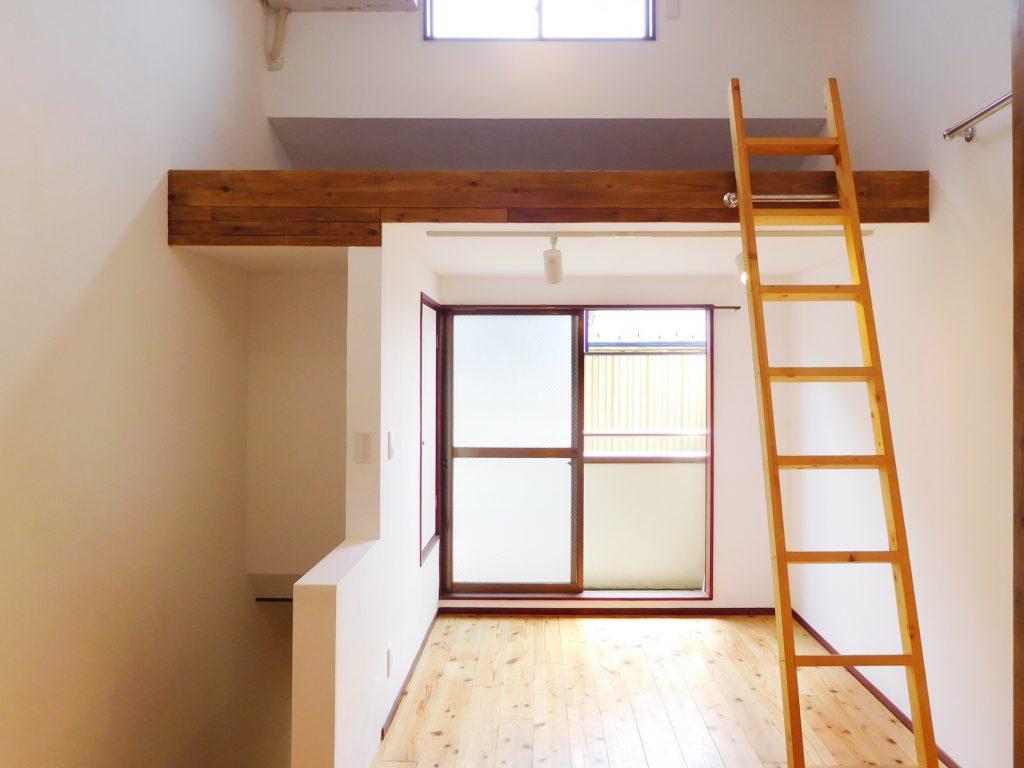 2階はロフト付き。