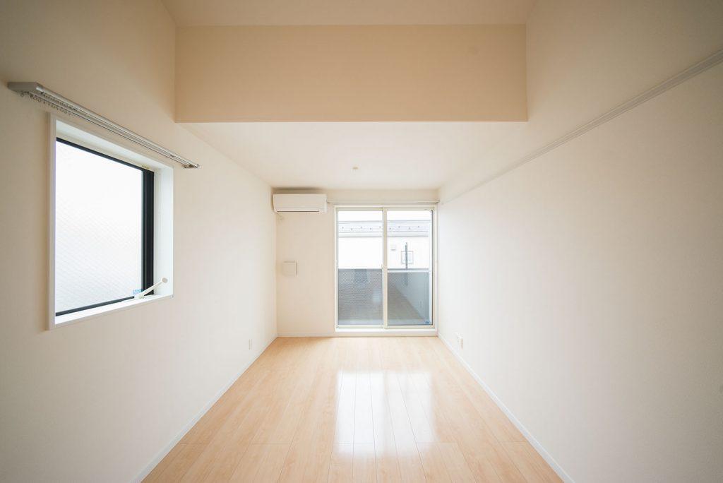 2階には広々約12帖のリビングダイニングが広がります。