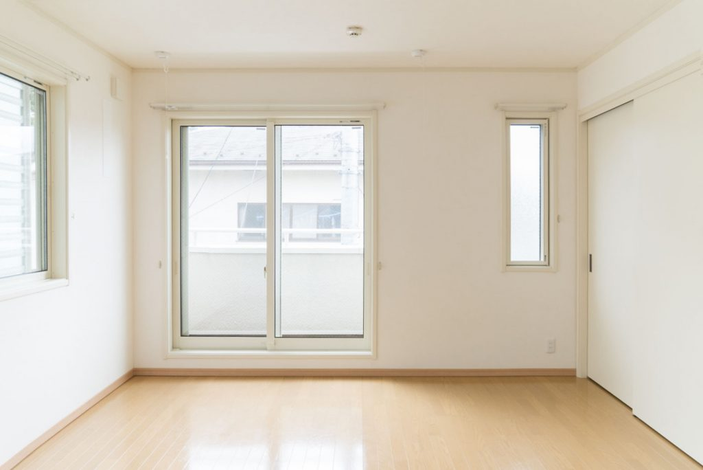 窓は3箇所あります(内装)