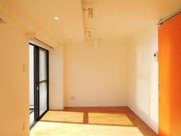 5階建て、3階部分のマンションの一室。