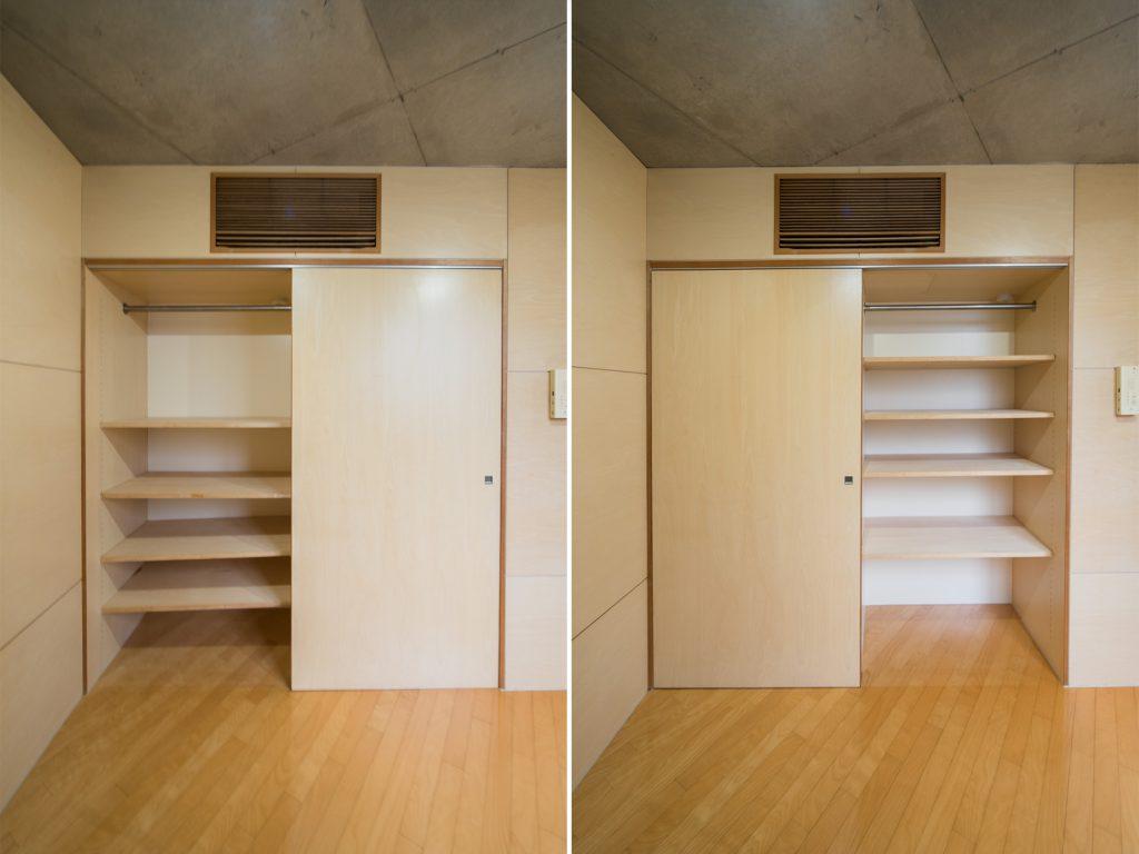 2階のクローゼット。棚は高さの調節が可能。