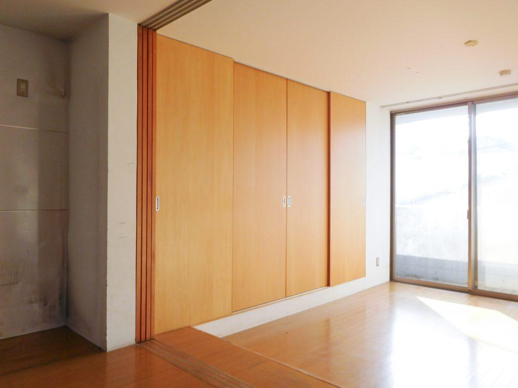 木のぬくもりがあたたかい印象を与えてくれるお部屋。