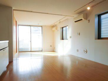 1階ですが床面が地面から上がっているので、しっかり光が届きます。