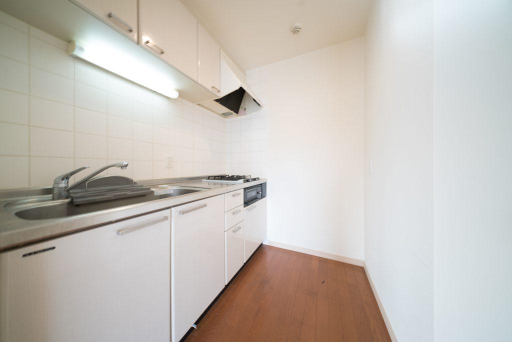 キッチンは個室になっています。