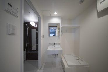 サニタリースペース*右の手前にトイレがあります
