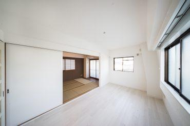 隣の和室とは引き戸で仕切ることもできます。