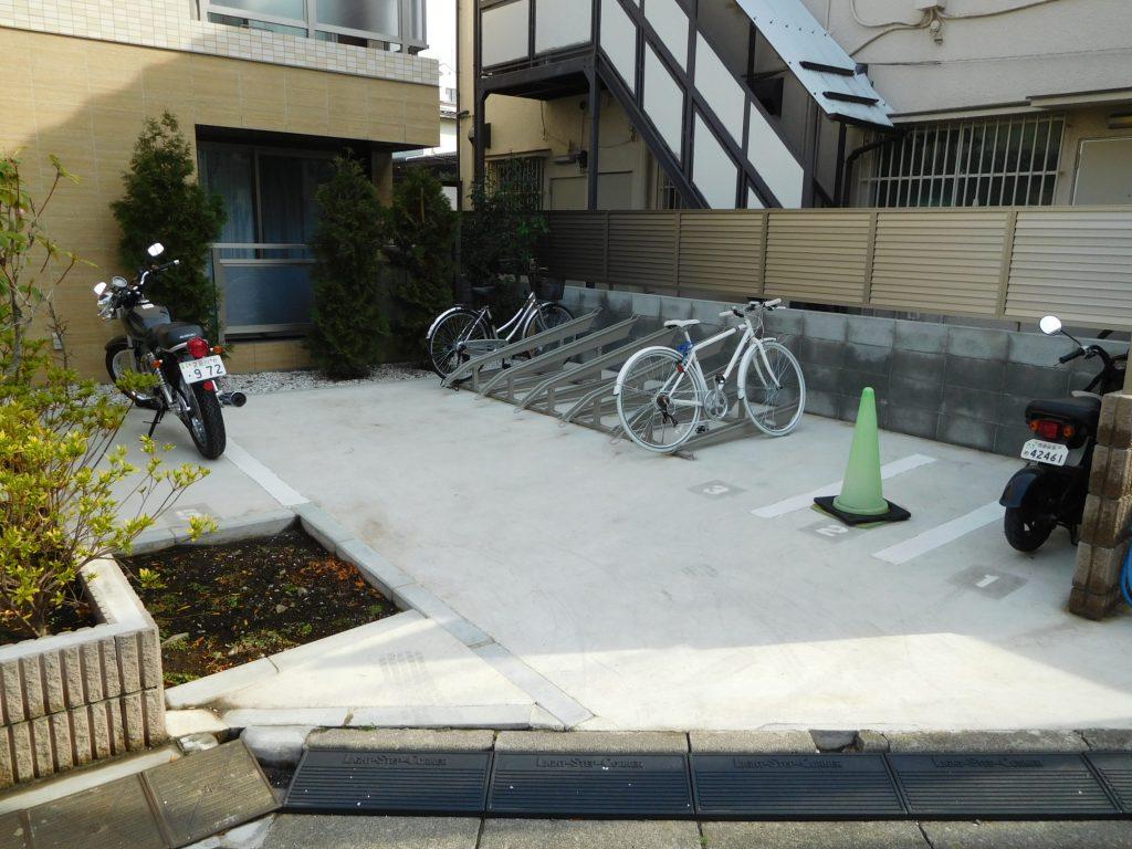 駐輪場・バイク置き場も完備してます。