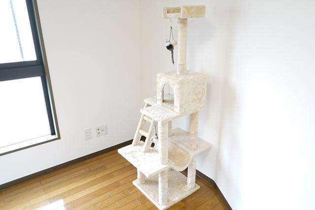 猫ちゃんの喜ぶ猫タワー