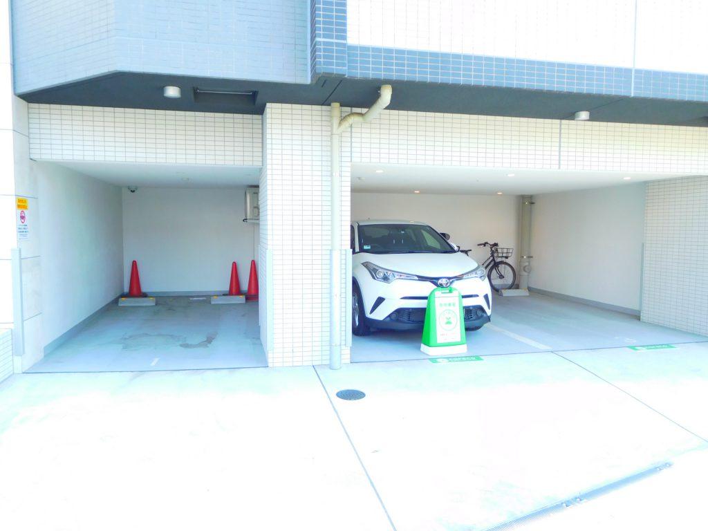 シェアを伸ばしつつあるカーシェアリング。自宅1階にあるとか最早駐車場みたいなもの。