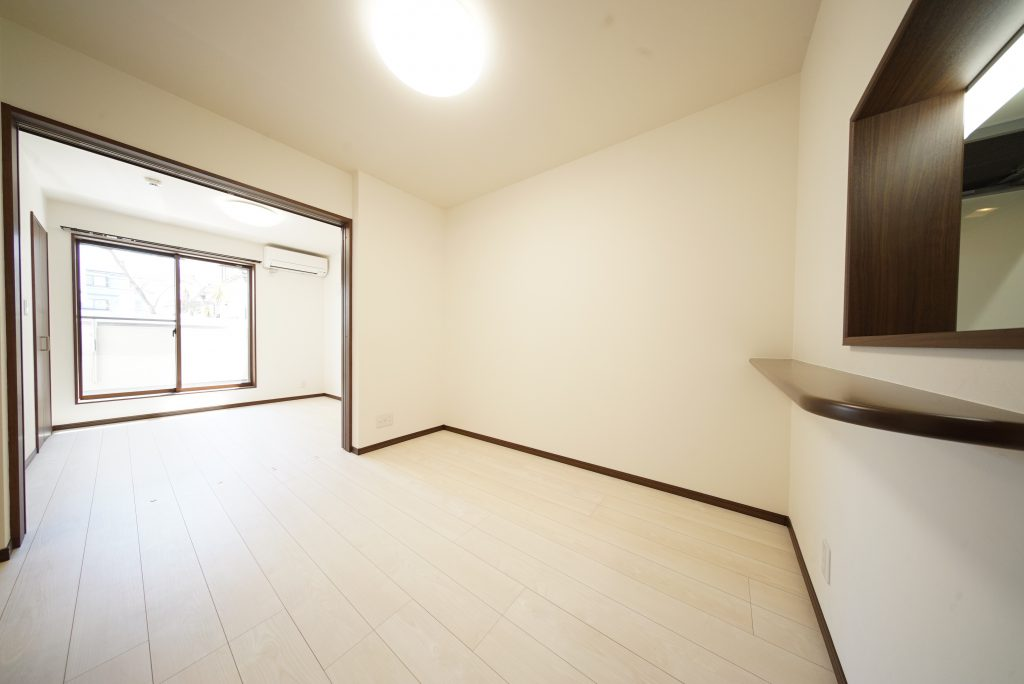 LDKと洋室はつなげると13帖の広々空間です
