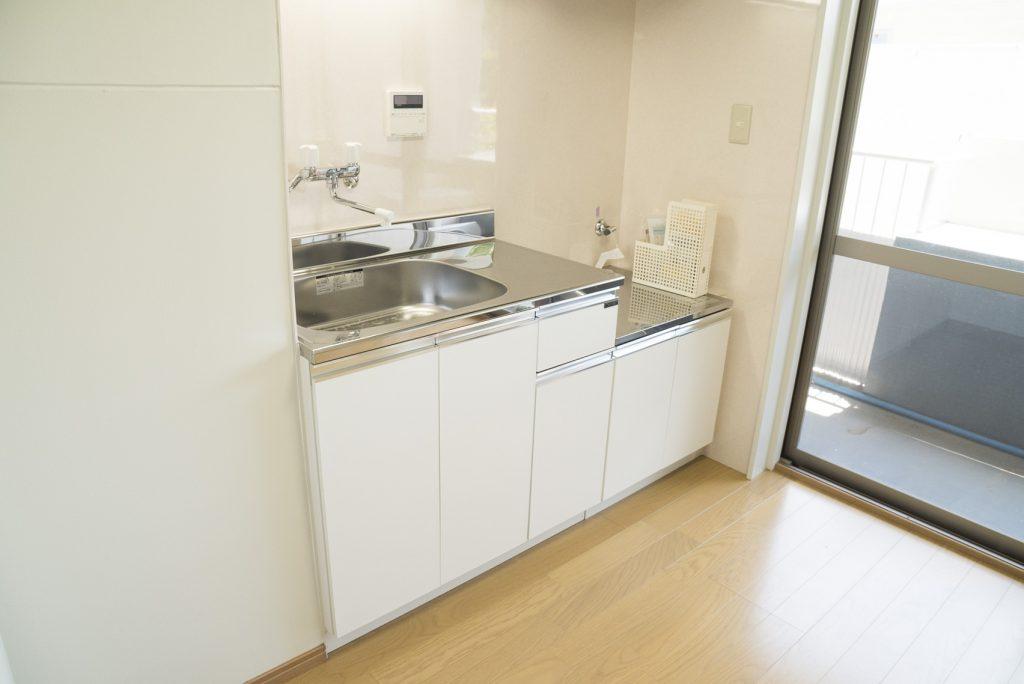 キッチンは入れ替えたばかりで綺麗です。