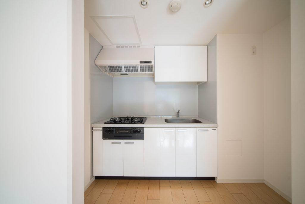 キッチンは大きすぎず、小さすぎずで、使いやすそうです。
