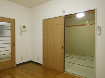 和室も洋室も両方あります