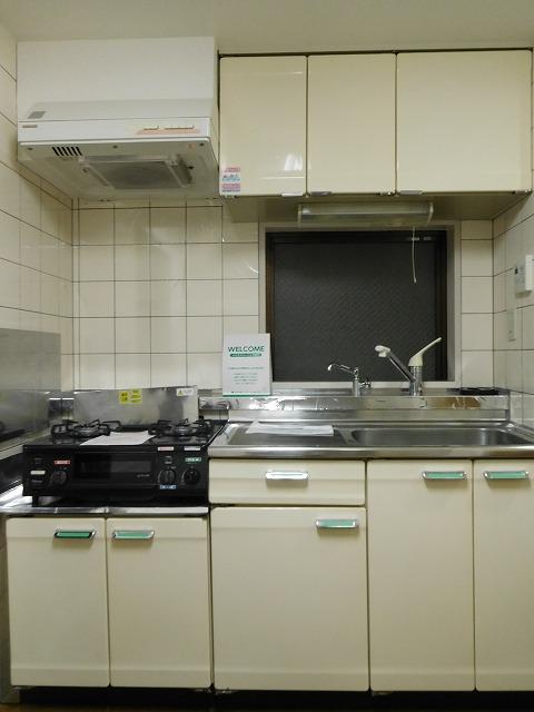 真っ白いシステムキッチン
