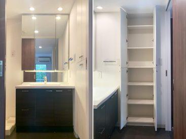 鏡の大きな洗面台、収納棚も収納たっぷり。