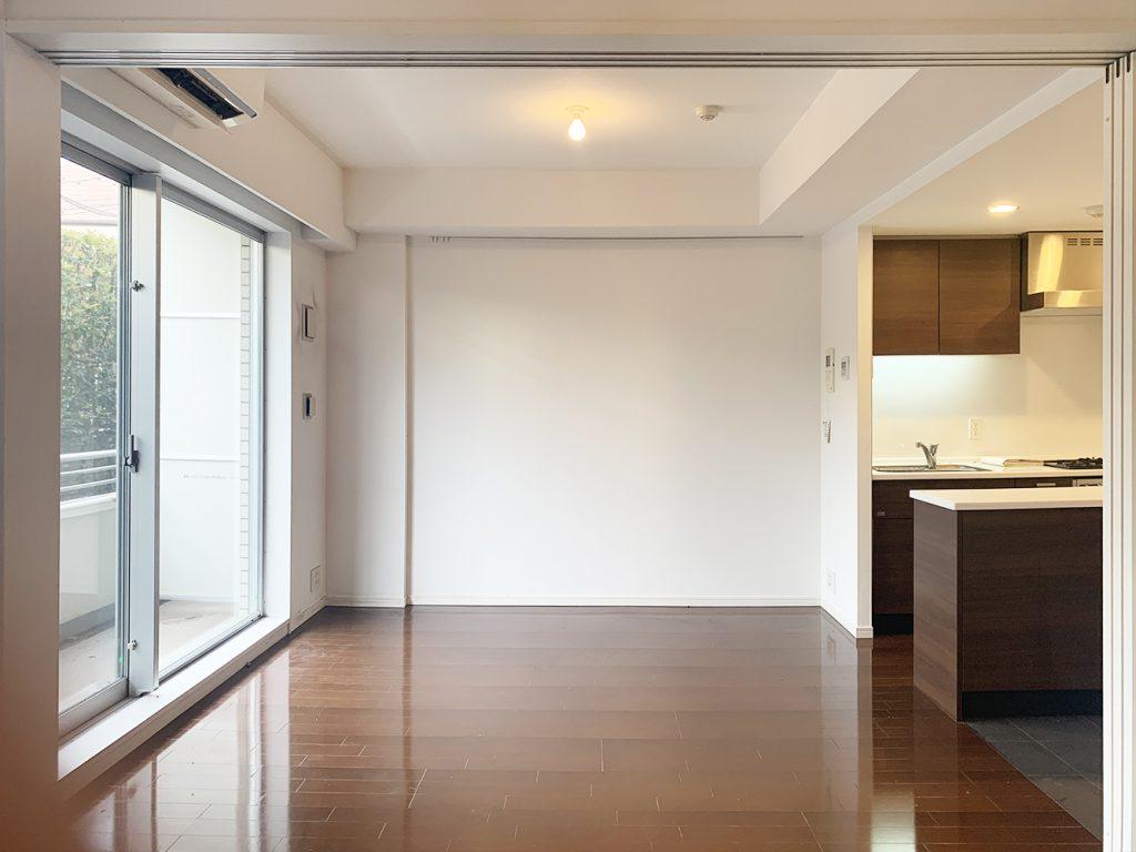 東松原、1LDKの一室。