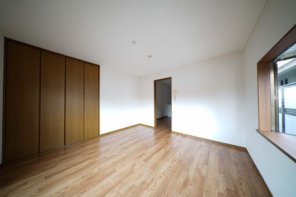 8帖の洋室