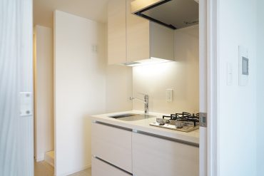 コンパクトながらしっかりとしたキッチン