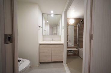 洗面スペースの配置はこのような感じです