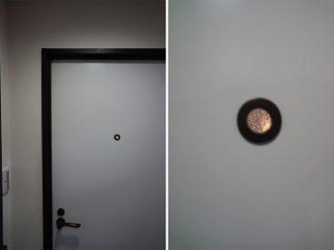 トイレと洗面所のドアの飾り