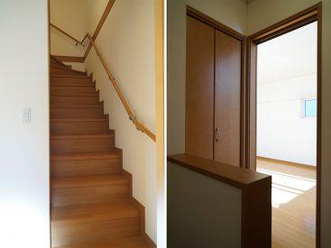 階段上に収納あります