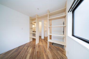 本棚が主役のお部屋です。