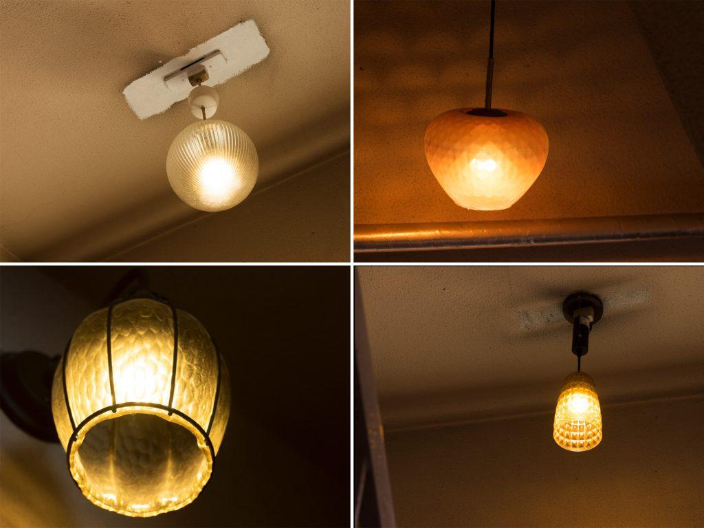 共用部階段の照明たち。