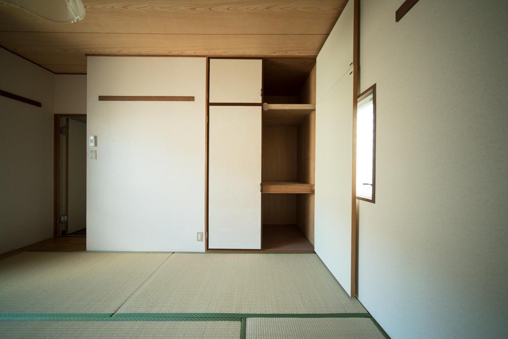和室にも収納。