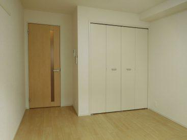 シンプルなのでお部屋作りはしやすいと思います