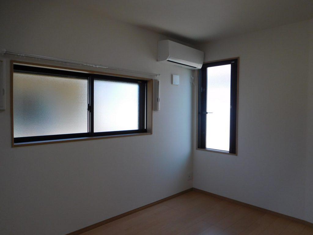 こちらも窓窓
