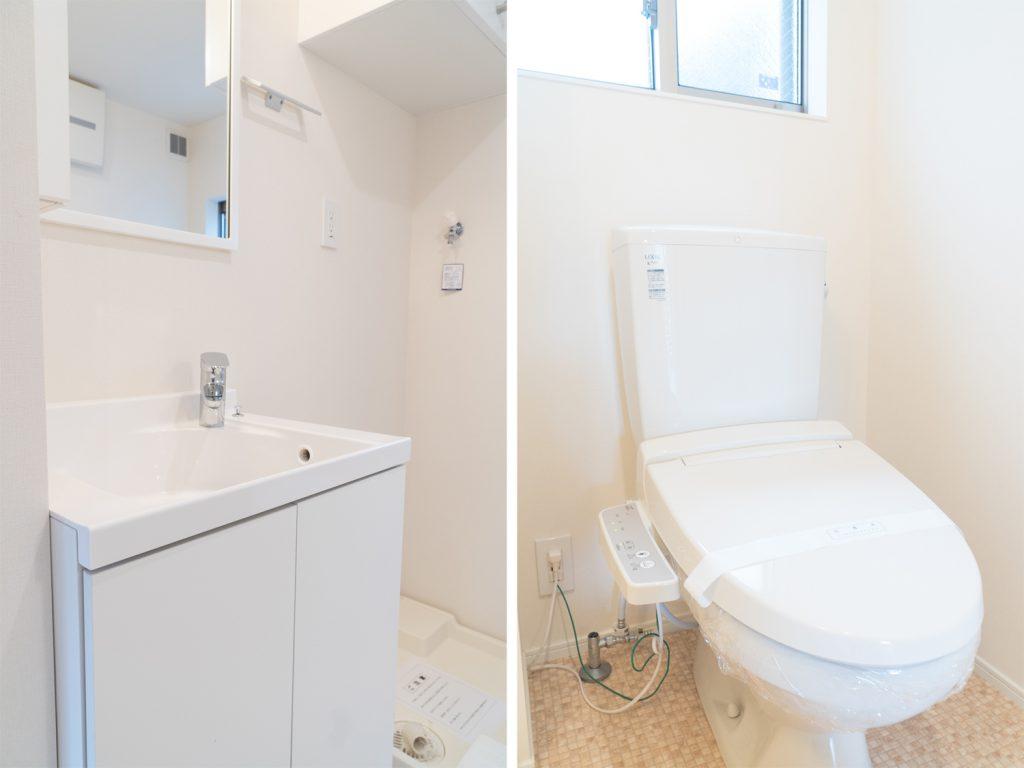 独立洗面台とトイレ。清潔感あります。