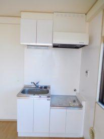 真っ白いキッチン