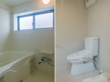広めのお風呂。トイレは洗面室にオープン型。