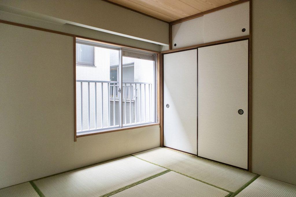 そのお隣は和室。