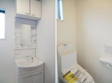洗面台とトイレ、もちろん全部新品ピカピカです