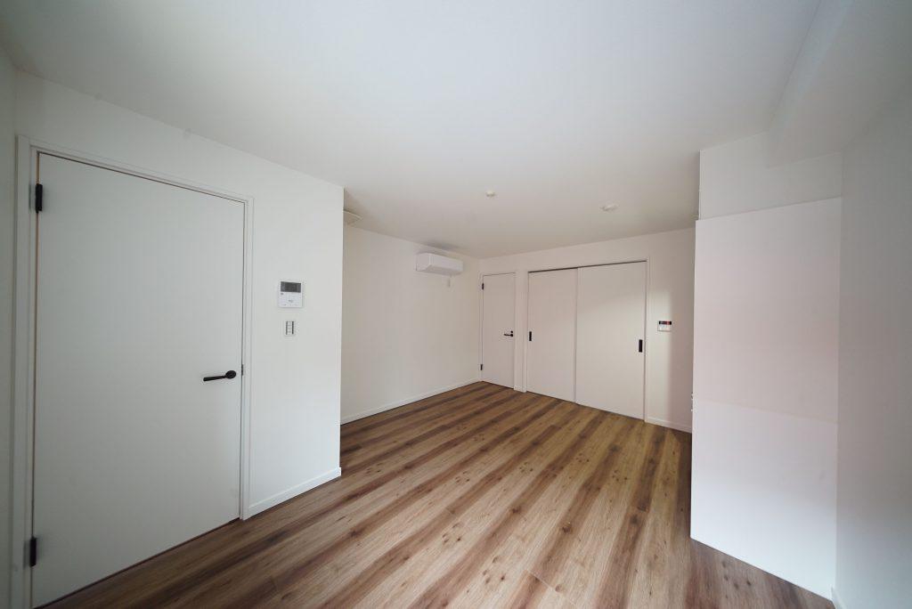 シンプルなお部屋ですから自分で色付けしていくのが楽しそう