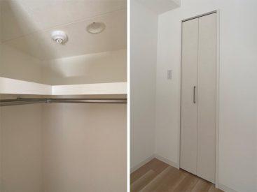 お部屋の収納その2は小さなウォーク・イン・クローゼット。
