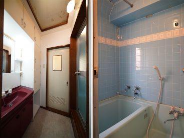 お風呂の水色具合がかわいいです